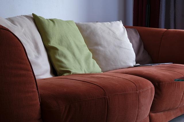 domácí sedačka