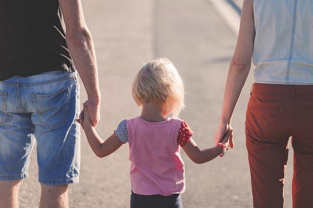 rodiče s dcerkou.jpg