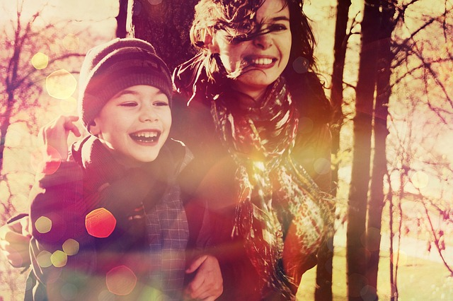 děťátko, úsměv a maminka.jpg
