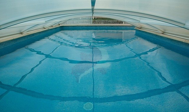 zakrytý bazén